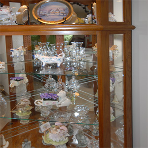 curio cabinet replacement glass shelves cabinets matttroy. Black Bedroom Furniture Sets. Home Design Ideas